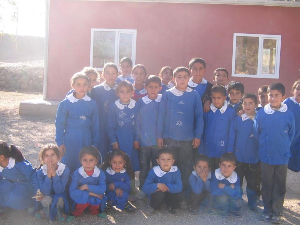 Diyarbakır-Bağlar Develi Köyü İlköğretim Okulu