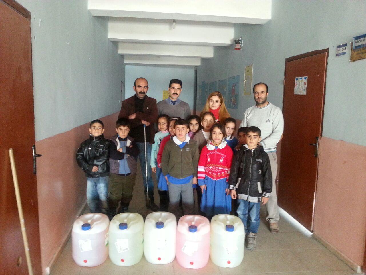 Ağrı - Diyadin Mehmet Melik Özmen İlkokulu